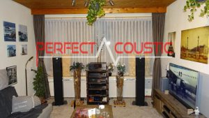 acoustic-diffusers-behind-the-speaker